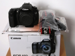 Máy ảnh Canon 60D